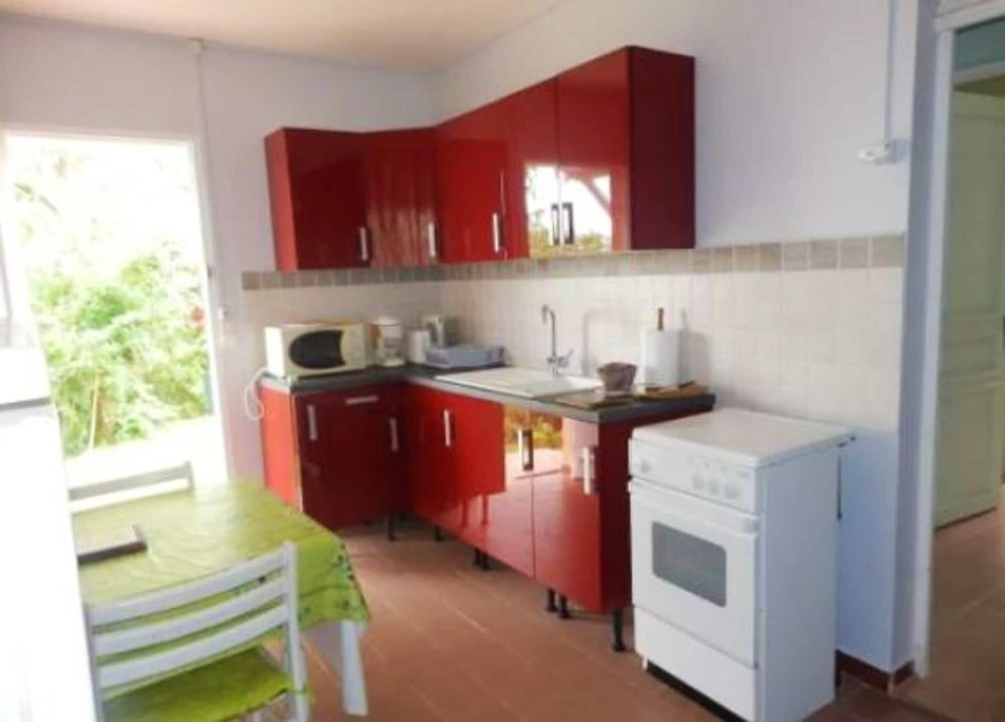 House With one Bedroom in La Trinité, With Wonderful sea View, Furnished Garden and Wifi - 3 km From the Beach, La Trinité