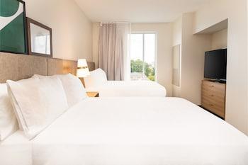 Staybridge Suites Nashville Midtown, an IHG Hotel