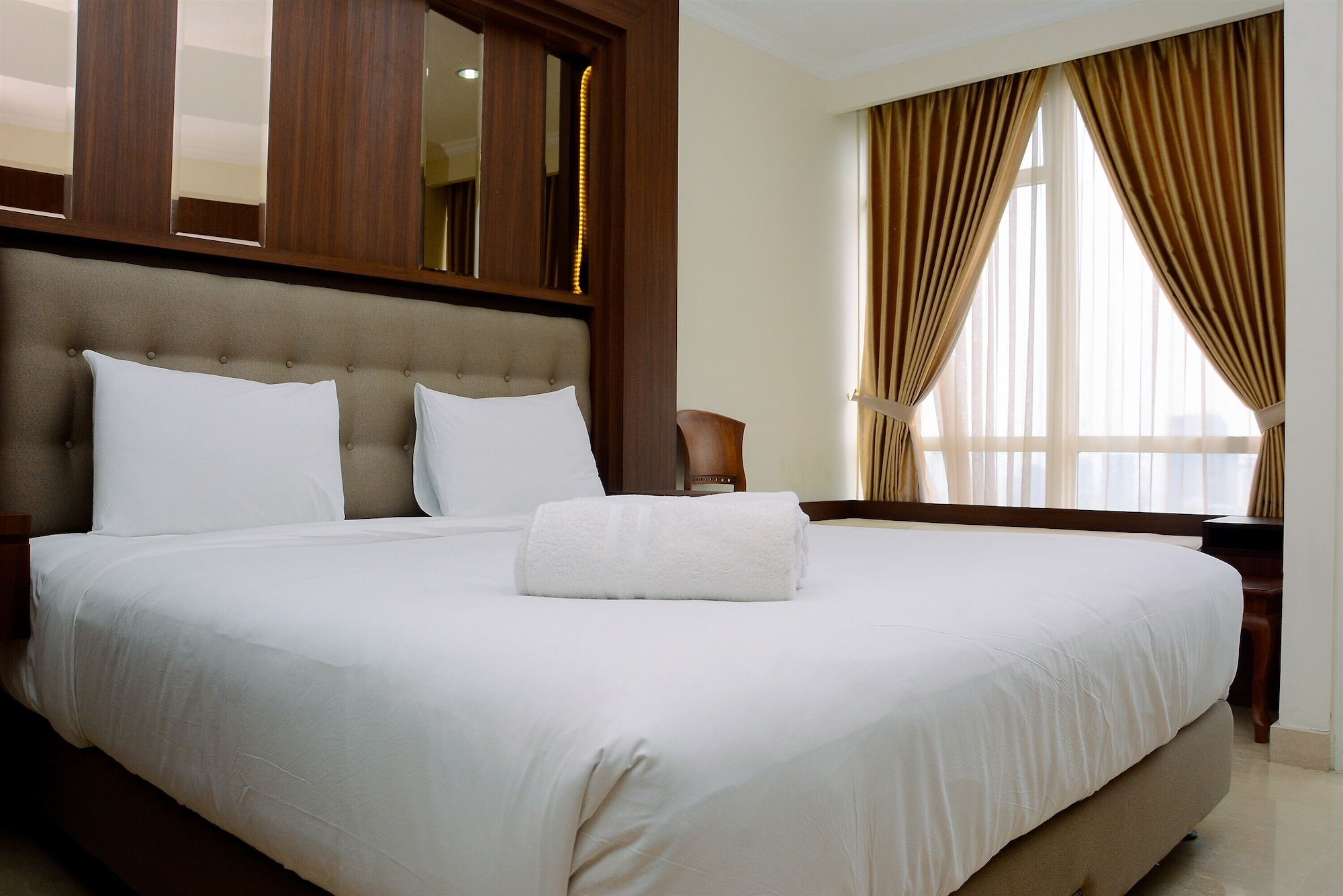 Fully Furnished and Minimalist Studio at Menteng Park Apartment, Jakarta Pusat