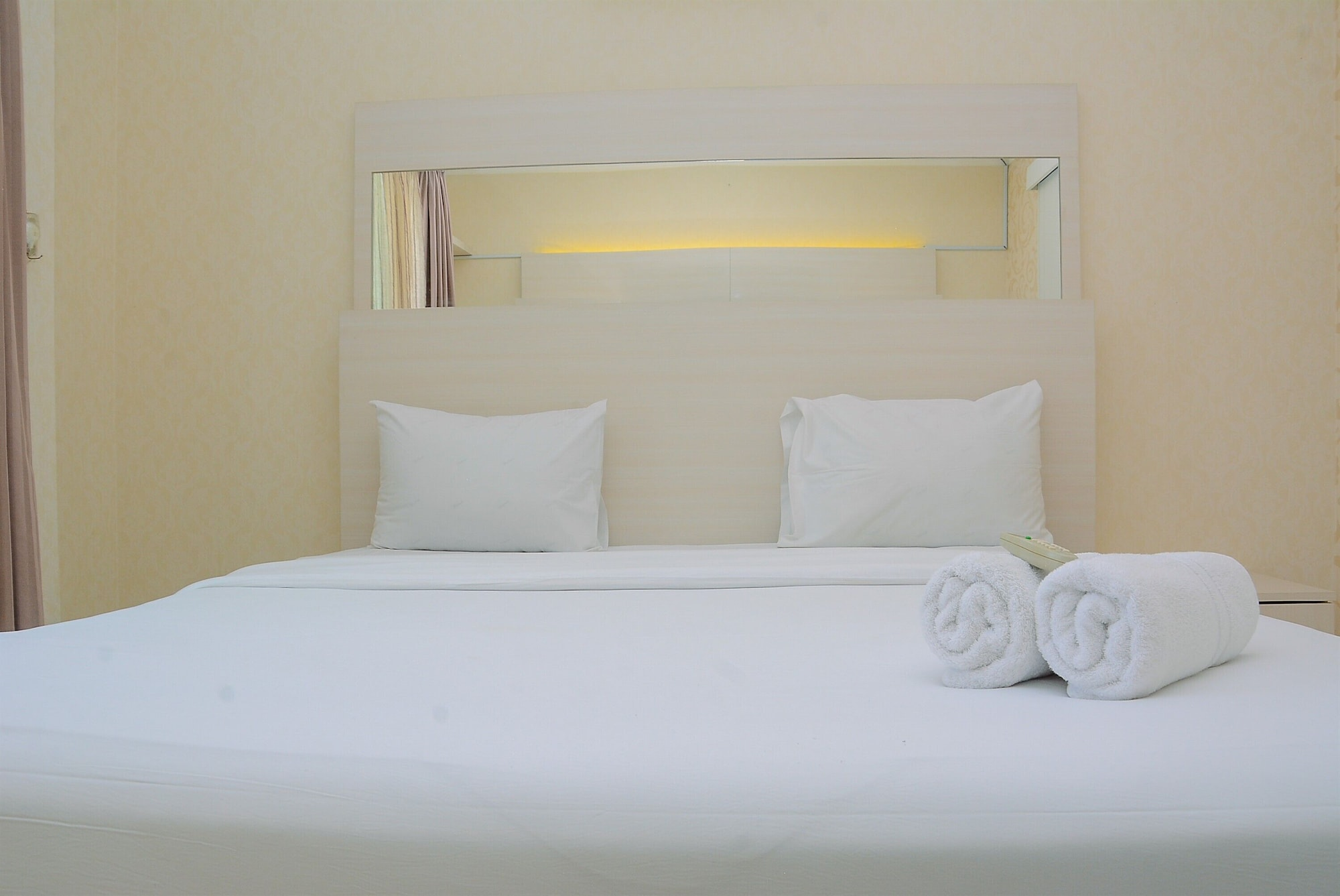Minimalist and Cozy 1BR Apartment at The Boulevard, Jakarta Pusat