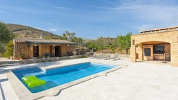 Villa for 2 People in the Countryside With Private Pool, Wifi, Located