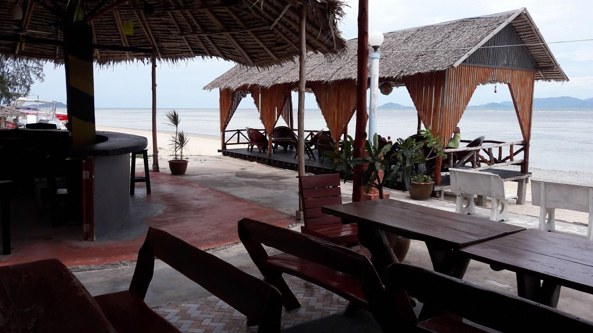 The Relax Beach Resort, Ko Phangan