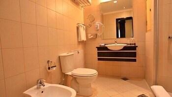 Il Palazzo Hotel & Suites - Bathroom  - #0