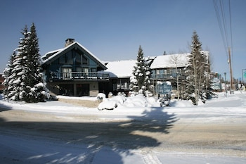 Hotel - The Viking Lodge - Downtown Winter Park, Colorado