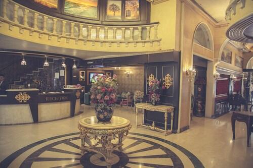 Queen's Suite Hotel, Beirut