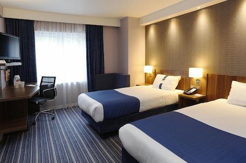 . Holiday Inn Express Windsor