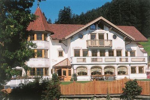. Turmhotel Gschwendt
