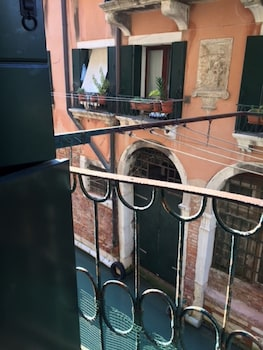 Venice Grand Canal Style Apartment - Balcony  - #0