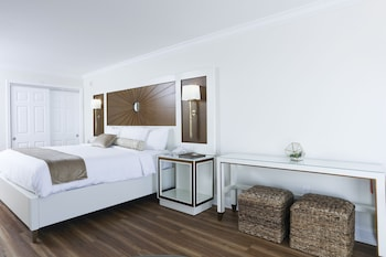 Deluxe Room (Panoramic View)