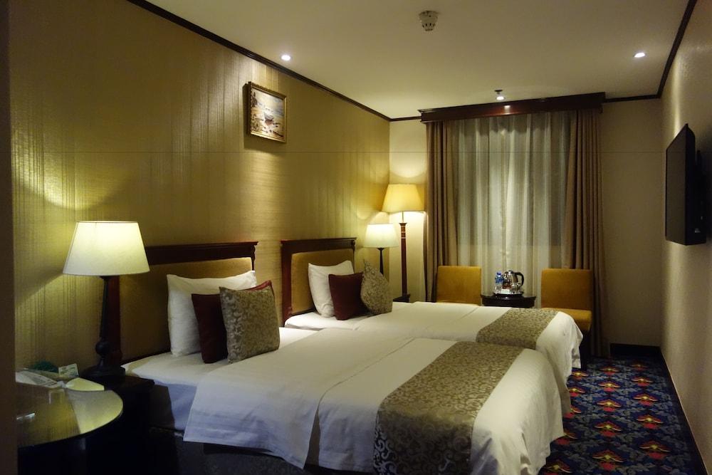 マカオ マスターズ ホテル (澳門万事発酒店)