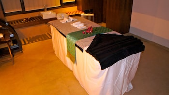 Rock Manali A Boutique Hotel and Spa - Massage  - #0