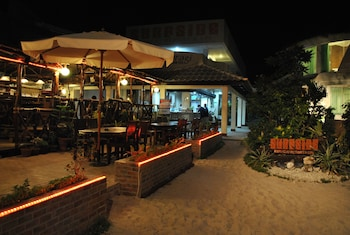 Surfside Boracay Resort & Spa Outdoor Dining