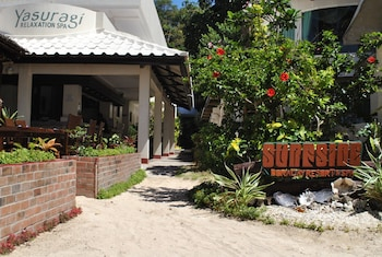 Surfside Boracay Resort & Spa Property Grounds