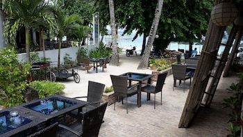 Surfside Boracay Resort & Spa Breakfast Area