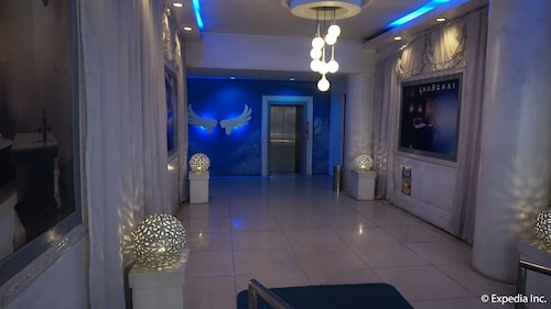 Hotel Paradis, Manila