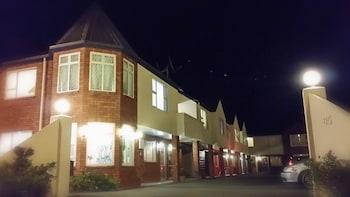 Hotel - Rosewood Court Motel