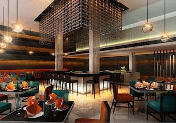 FX Hotel Metrolink Makkasan - Hotel Bar  - #0