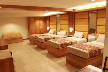 Hotel - Pinoy Pamilya Hotel
