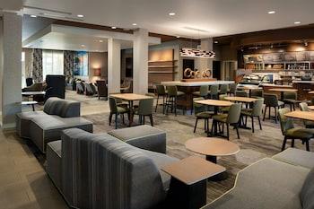 毛伊島卡胡魯伊機場萬怡飯店 Courtyard Maui Kahului Airport