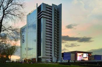 Отель Ramada Encore Kiev, Киев