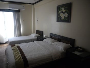 ハナミツ ホテル & スパ