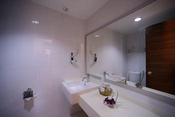 Bella Vista Express Hotel Langkawi - Bathroom  - #0