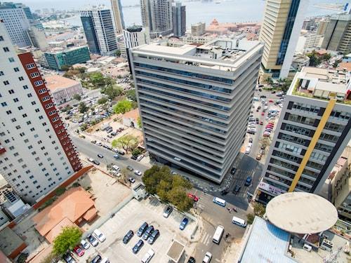 Skyna Hotel Luanda, Ingombota