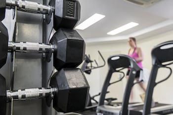 Grand Hotel and Apartments Townsville - Sports Facility  - #0