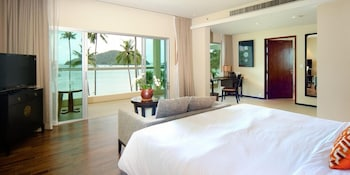 Grand Room, 1 King Bed, Balcony, Sea View