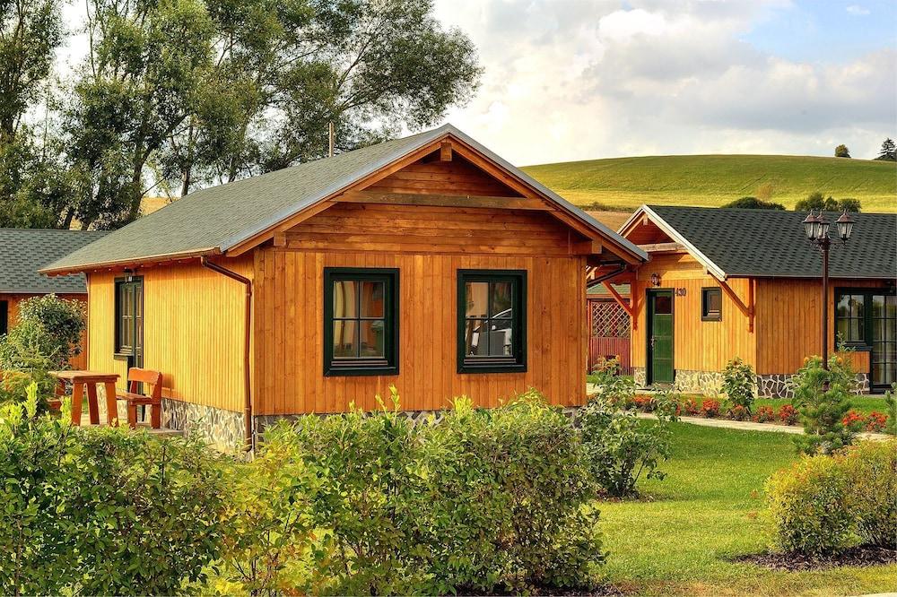 fa486d01b Holiday Village Tatralandia | Liptovsky Mikulas | Qantas Hotels ...