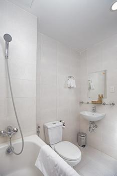 Dana Pearl 2 Hotel - Bathroom  - #0