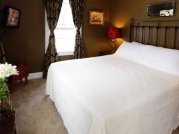 Standard Double Room, Ensuite (PEGASUS)