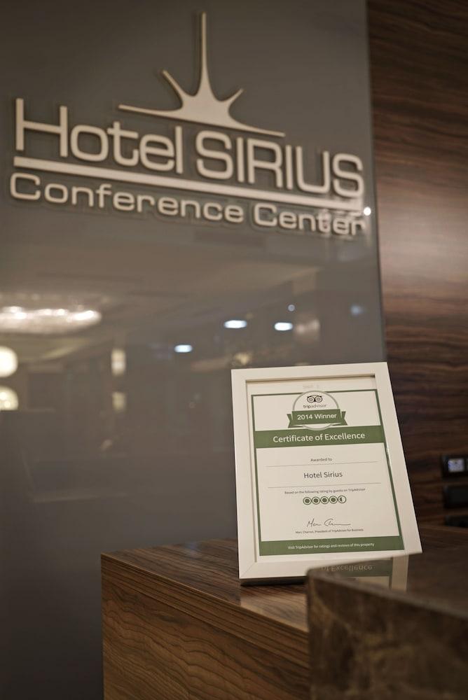 https://i.travelapi.com/hotels/6000000/5140000/5135600/5135560/c074c730_z.jpg