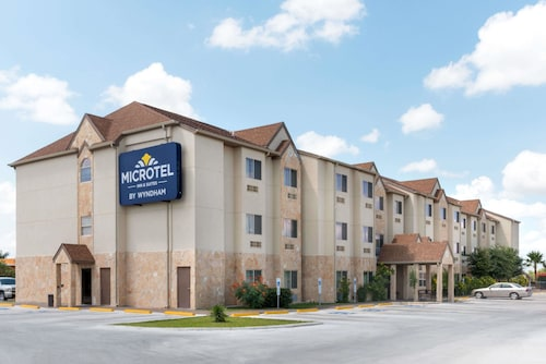 . Microtel Inn and Suites Eagle Pass