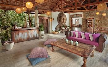 Ocean Vida Beach And Dive Resort Malapascua Spa Reception