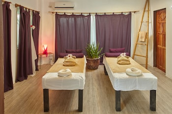 Ocean Vida Beach And Dive Resort Malapascua Treatment Room