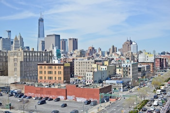City View at Holiday Inn NYC - Lower East Side in New York