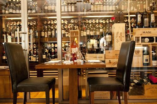 Caribbean Club Luxury Condo Hotel,