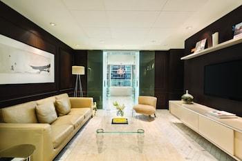 Suite (Owner)