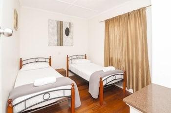 Guestroom at Golden Shores Airport Motel in Bilinga