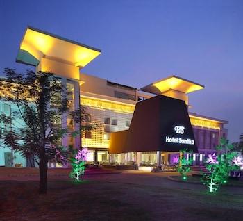 Hotel - Hotel Santika Taman Mini Indonesia Indah