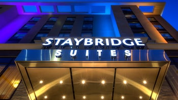 Hotel - Staybridge Suites Hamilton Downtown
