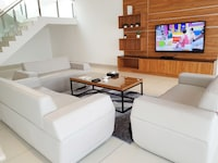Executive Penthouse 3 plus 1 Bedroom Apartment