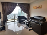 Apartment, 4 Bedrooms (Check in at D\'Esplanade Residence)