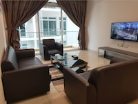 Apartment, 3 Bedrooms (Check in at D\'Esplanade Residence)