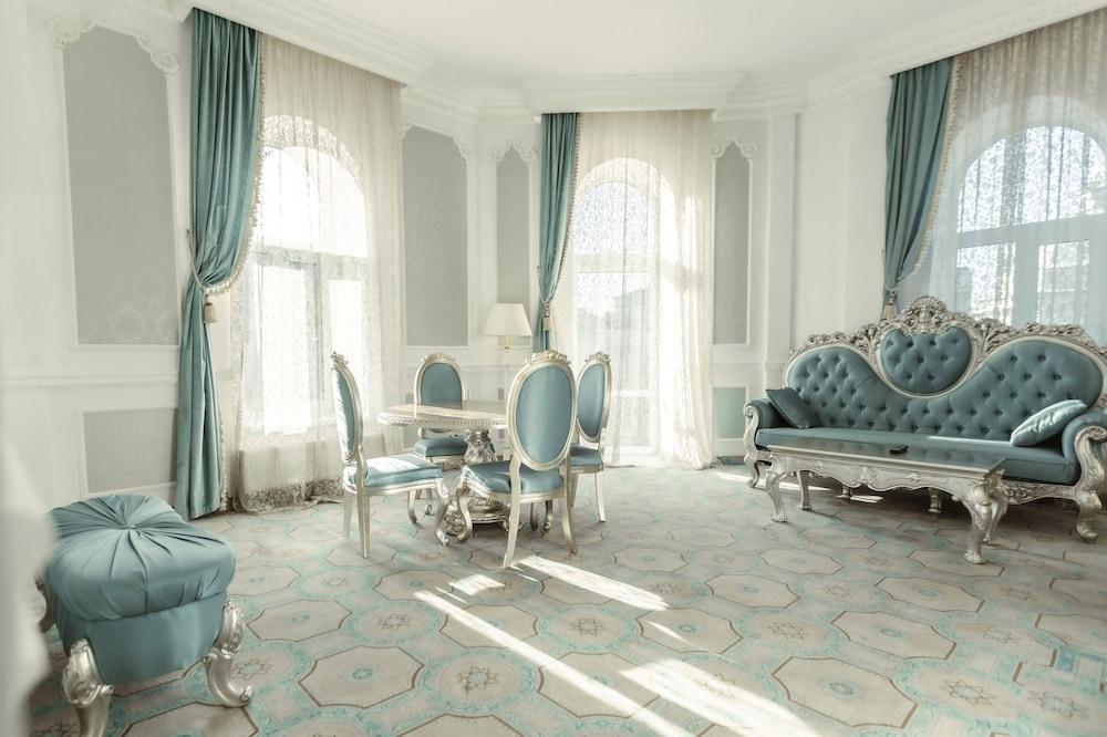 Hotel Royal Grand Hotel