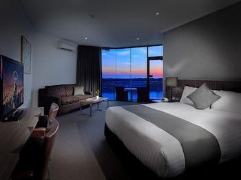 湖濱飯店 Lakes Hotel