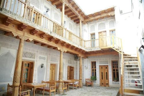 . Komil Bukhara Boutique Hotel
