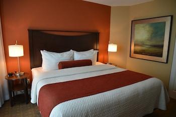 Condo, 2 Bedrooms, Kitchenette