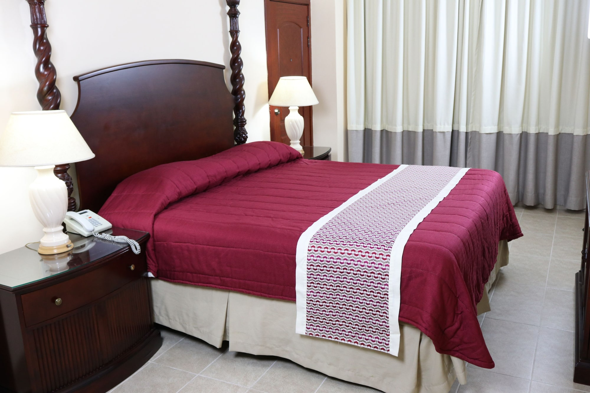 Ramada Santo Domingo Princess Hotel, Distrito Nacional